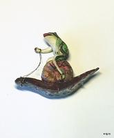 Лягушка на улитке